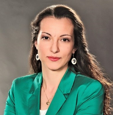 Georgia Efremova, BU, LUX